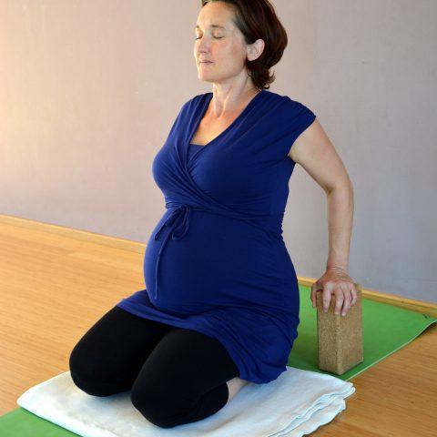 Online Workshop für werdende Mütter 07.03.21 14:30-17:00– Yoga pränatal
