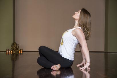 Yoga Specials Mahadevas mit Andrea